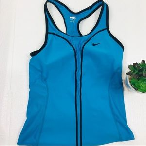 Nike Fit Dry tank tops size Small